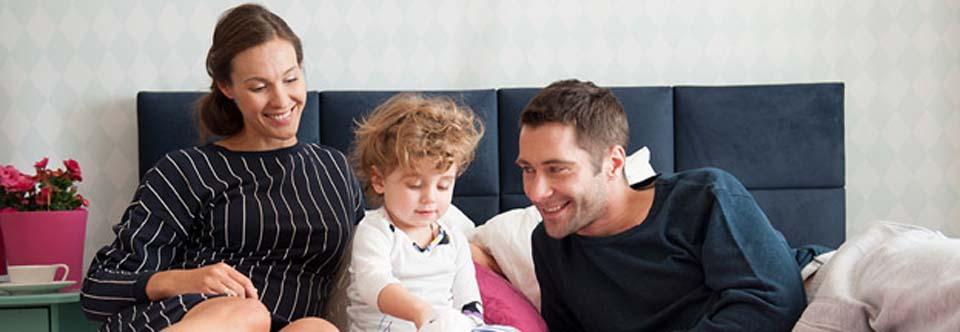 Łóżko tapicerowane Tulip jest pełne rodzinnej radości