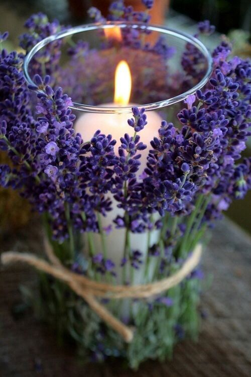 świeca - aranżacja sypialni