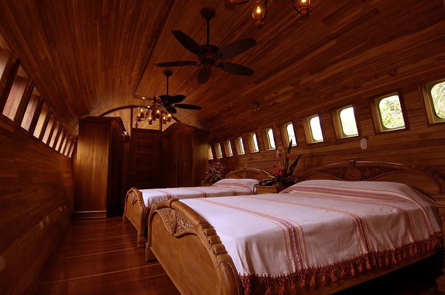 hotel w samolocie