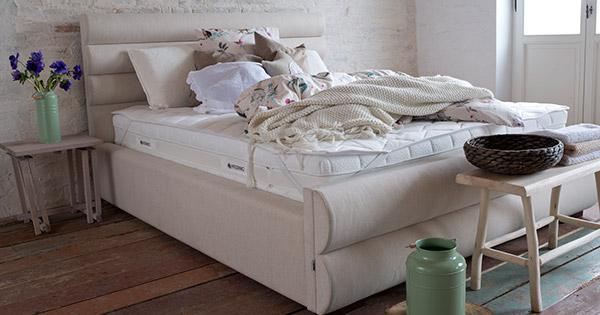 eleganckie łóżko do sypialni - Lily Hilding